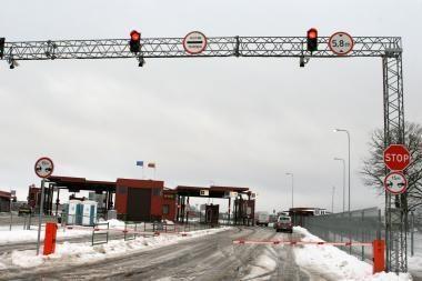 Vairuotojas iš Rusijos pasienyje nulaužė pakeliamąjį užtvarą