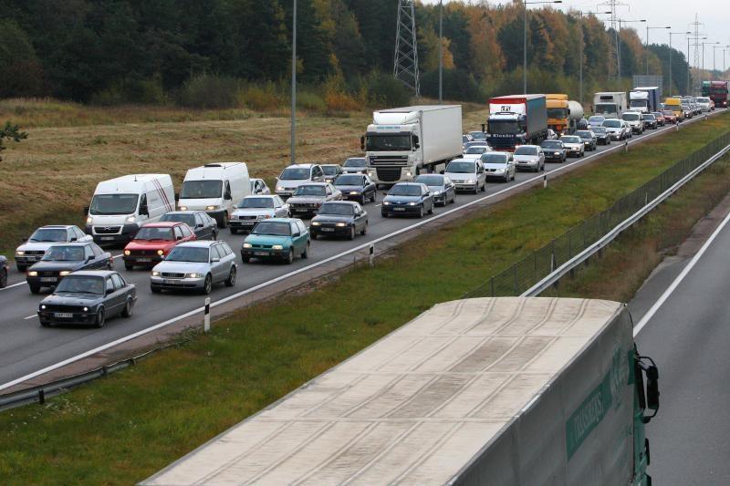 Magistralėje prie Kauno prailgintas greitkelio ruožas