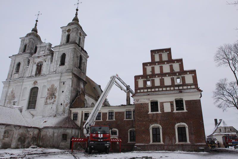 Nuniokotai Tytuvėnų bažnyčiai – vežėjų parama