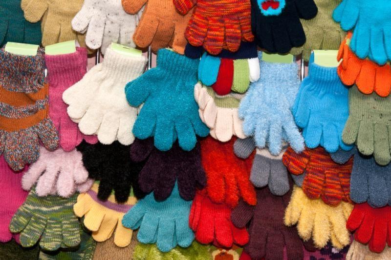 Laukia šalčių, kurie pagyvintų prekybą šiltais drabužiais