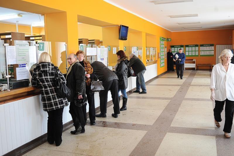 Retėjančios pacientų gretos smogė Klaipėdos gydymo įstaigoms