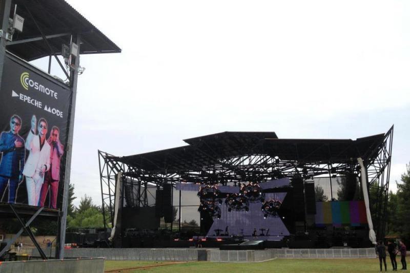 """Įspūdingą sceną """"Depeche Mode"""" koncertui Vilniuje montuos net 3 dienas"""