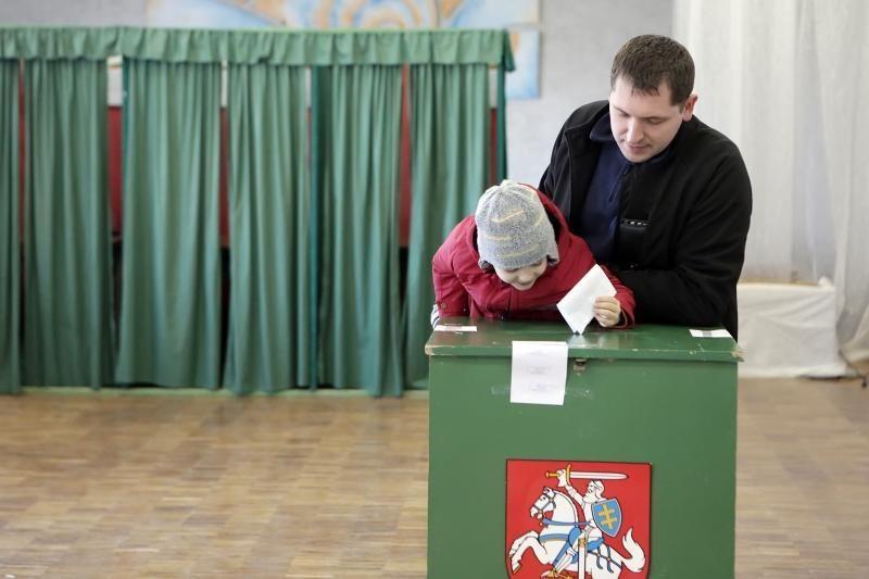 Klaipėdoje teko tramdyti rinkimų apylinkėje triukšmą kėlusį rinkėją
