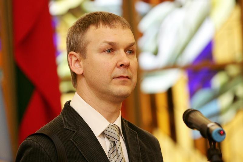 Antikorupcijos komisija kviesis VSD ir FNTT vadovus