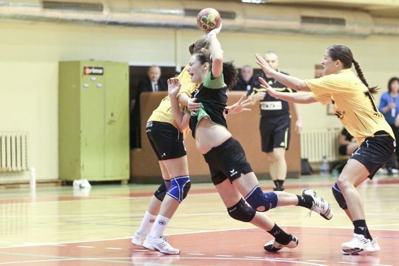 """Vilniaus """"Šviesos-Eglės"""" rankininkės iškovojo pergalę"""