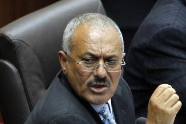 Jemeno prezidentas sutiko atsistatydinti per 30 dienų