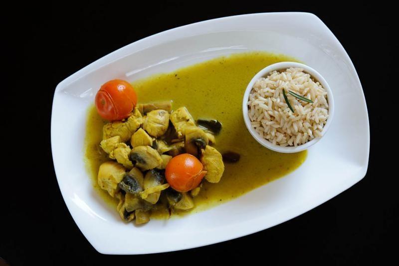 Vilniaus kavinės ir restoranai kviečia papietauti (dienos pietų pasiūlymai)