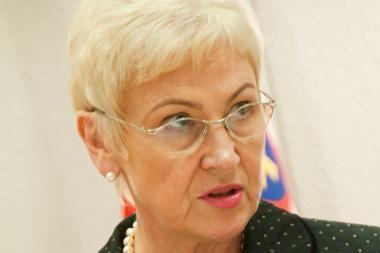 Seimo pirmininkė: valdantieji balsuos už mandatų A.Sacharukui ir L.Karaliui panaikinimą