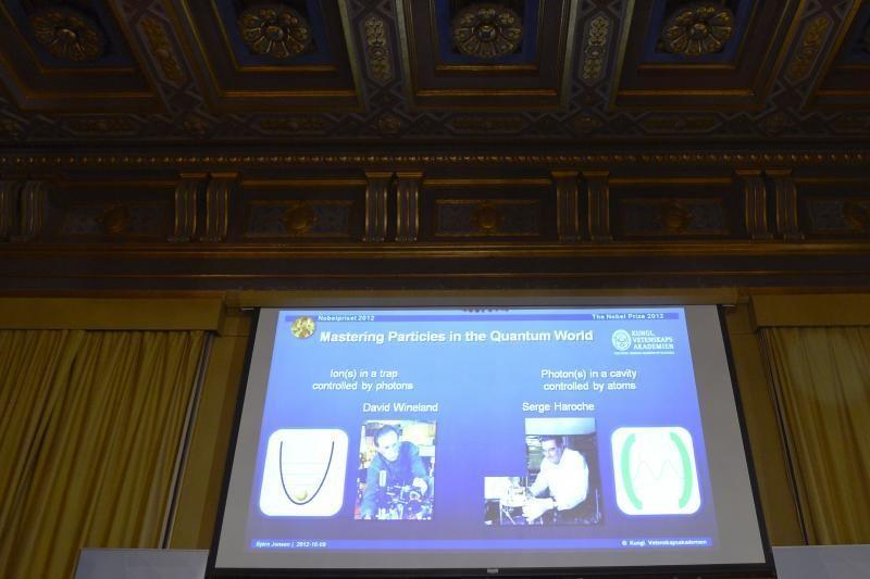 Nobelio fizikos premija paskirta už kvantinių sistemų tyrimus