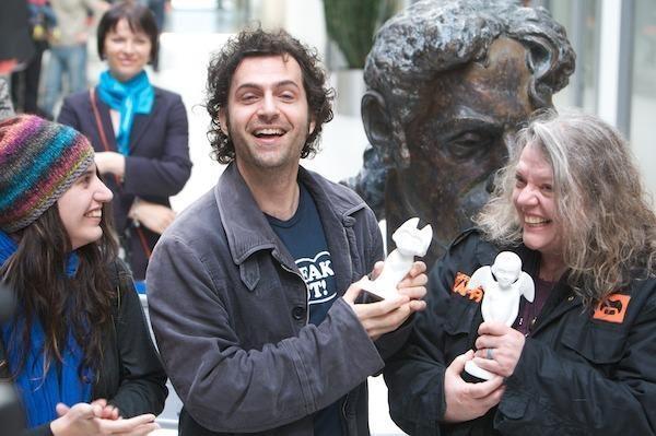 D.Zappa: jūs, žmonės, esate išprotėję, bet nuostabūs