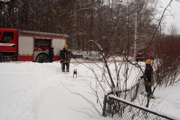 Dėl gaisro iš vaikų darželio buvo evakuoti vaikai