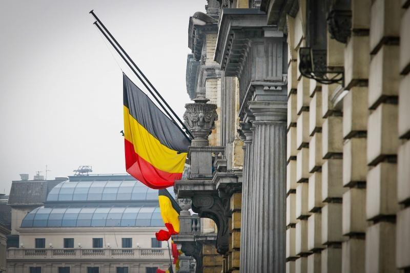 Autobuso avarijos aukų palaikai parskraidinti į gedinčią Belgiją