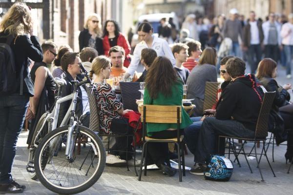 Vilniaus lauko kavinėse pinga alus