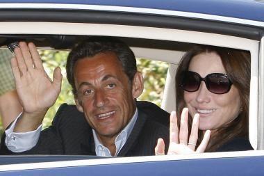 N.Sarkozy – po žmonos padu?