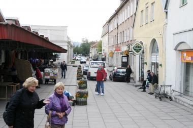 Siūloma leisti eismą pro senąjį turgų