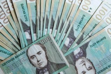 Vilniečiai pajūryje atsiskaitinėjo netikrais pinigais