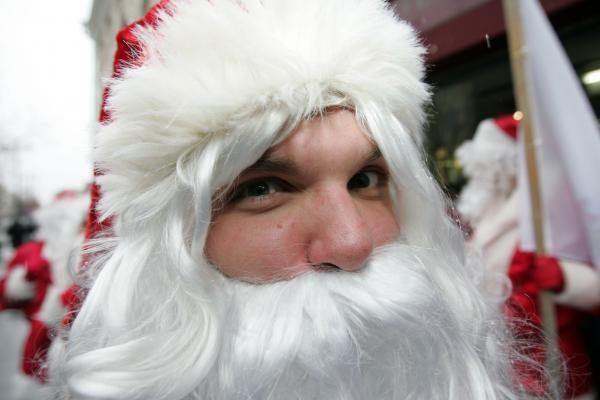 Einate į Kalėdų vakarėlį? Šiuos drabužius geriau palikite namie