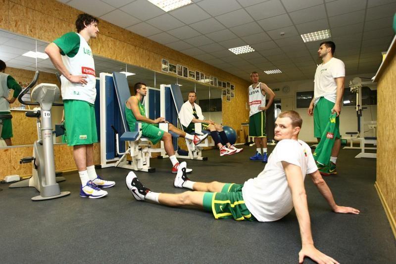 Rinktinės krepšininkams darbinę nuotaiką kūrė trenerio parinkta muzika
