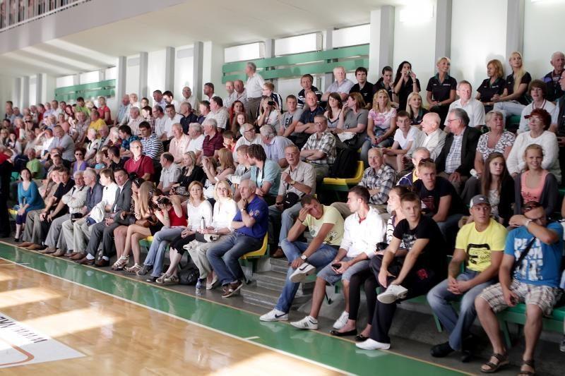 Krepšinio aikštelėje Klaipėdoje – Arvydas Sabonis