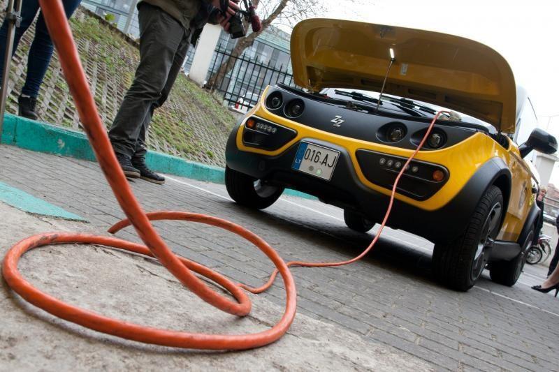 Elekromobilius įmonės naudoja ir savo įvaizdžiui gerinti