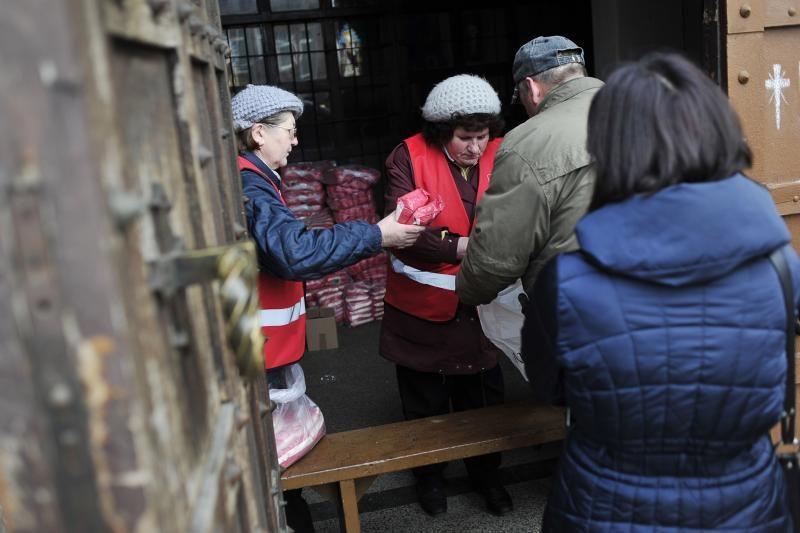 Parama maistu: vieniems – pasityčiojimas, kitiems – išsigelbėjimas