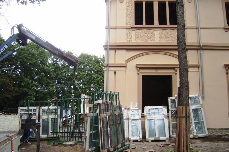 Prokuratūra: Jackos turės grąžinti Palangai Kurhauzo kiemo statinius