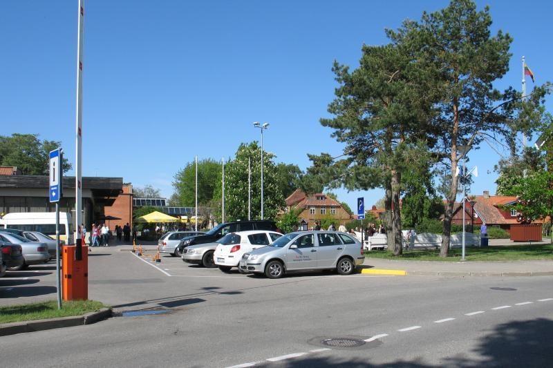 Neringoje - viltis turėti naujas automobilių aikšteles