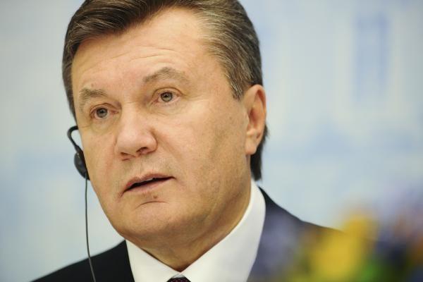 Ukrainoje vyksta vietos rinkimai, laikomi svarbiu išbandymu prezidentui
