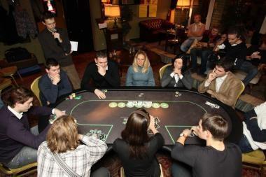 Vilniuje atidaromas didžiausias sportinio pokerio klubas