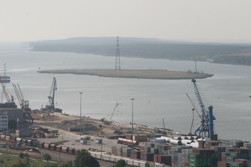 Suskystintų dujų terminalo laivą statys norvegai