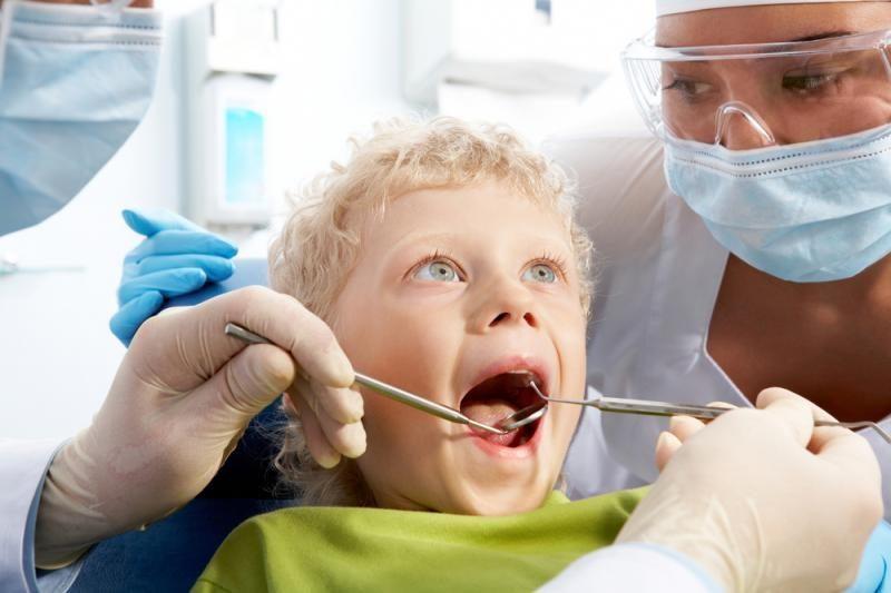 Dantukų traukimas: nuo siūlo iki gydytojo kėdės