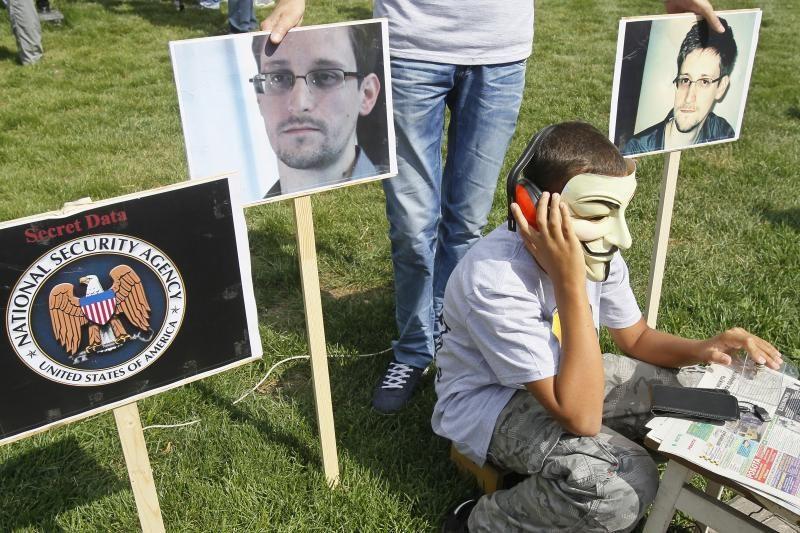E. Snowdeno tėvas jį vadina šių laikų JAV patriotu