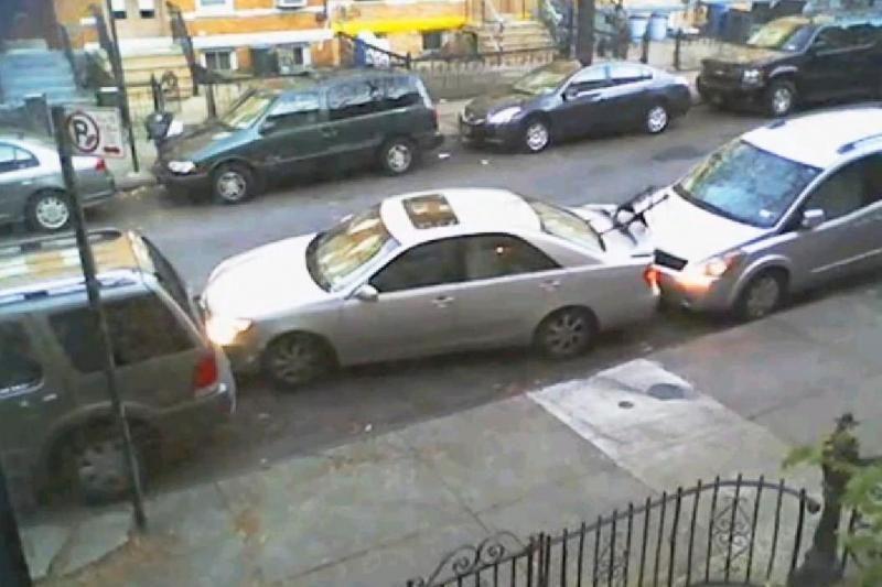 Nacionaliniai automobilio parkavimo ypatumai Niujorke