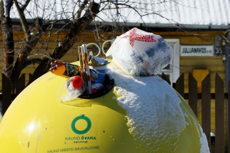 Kur mesti šiukšles, jei perpildytas konteineris?