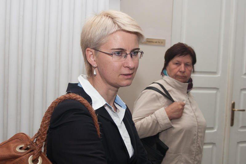 N.Venckienei – raginimas atiduoti globotinę ir dar viena drausmės byla