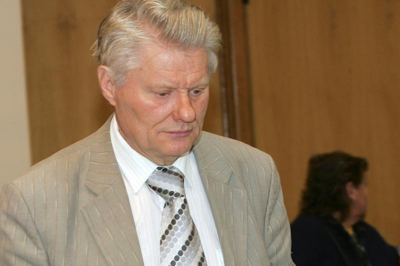 Kauno miesto savivaldybės tarnautojai bus teisiami už korupciją