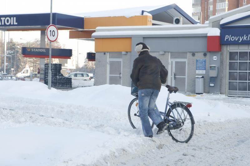Klaipėdoje iškrito pavojingas sniego kiekis