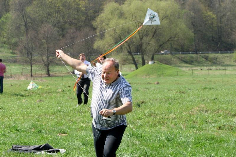Danguje virš Zapyškio – aitvarų šokis
