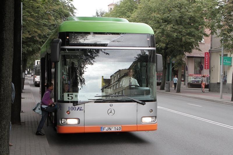 Autobusų bilietus žada branginti, maršrutinių taksi – ne