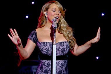 Dainininkė Mariah Carey pati pranešė apie savo nėštumą