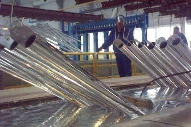 Klaipėdiečiai sostinėje atidaro karšto cinkavimo gamykla
