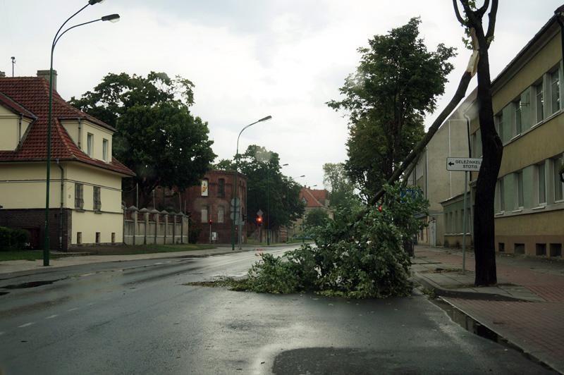 Penkias minutes trukęs škvalas nusiaubė Lietuvos pajūrį