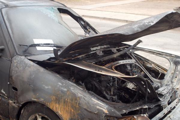 Klaipėdoje naktį padegtas italo automobilis (papildyta)
