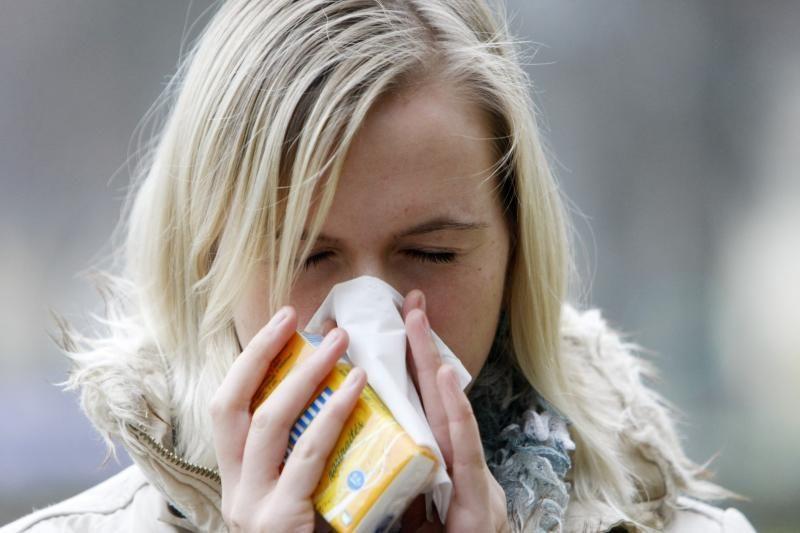 Sergamumas gripu ir peršalimo ligomis šiek tiek padidėjo