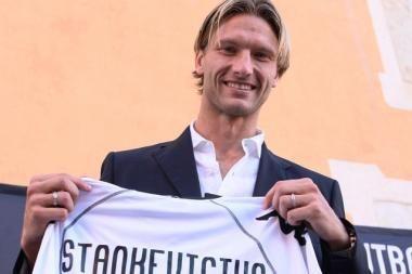 """""""Valencia"""" su M.Stankevičiumi - Ispanijos futbolo čempionato lyderė"""