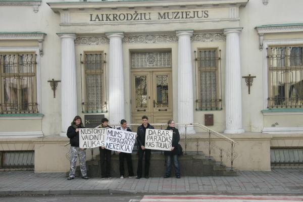 Klaipėdiečiai protestavo prieš gėjų eitynes (papildyta)