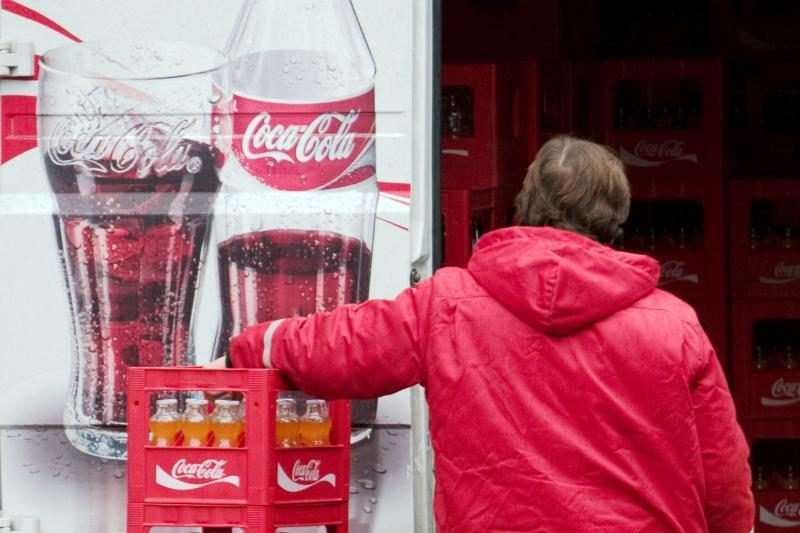 Viena skardinė gazuoto gėrimo per dieną paauglius verčia agresyviais