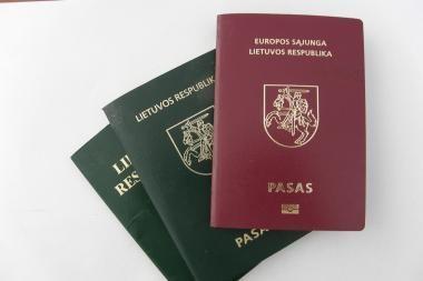 Seimas siūlo leisti rinktis tarp paso ir tapatybės kortelės