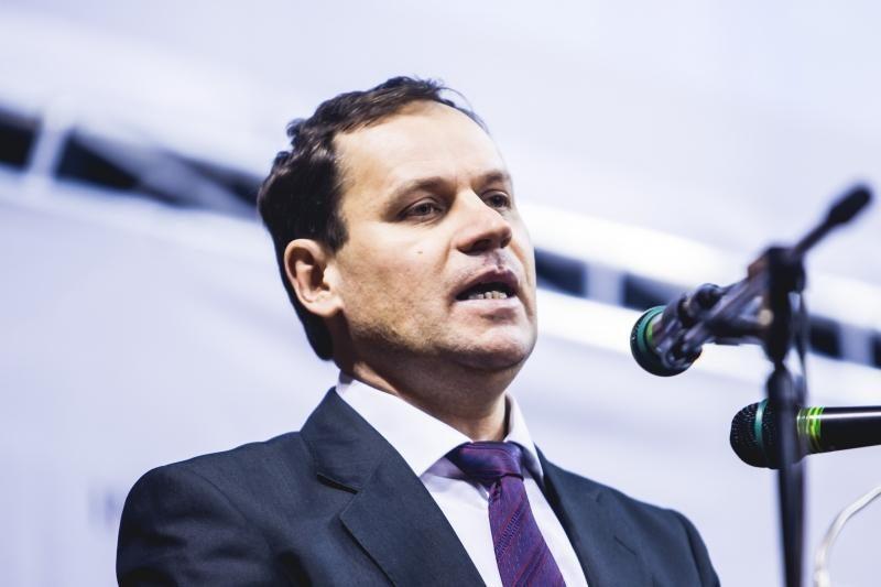 Žemdirbiai nenori parduoti žemės užsieniečiams, reikalauja referendumo