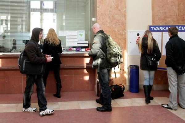 50 procentų nuolaida grąžino traukiniams keleivius